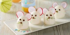 magazine- Magazin Recycling Easter Eggs: Creative Ideas for Recycling - Food Art For Kids, Childrens Meals, Creative Food Art, Gateaux Cake, Food Garnishes, Snacks Für Party, Egg Art, Food Decoration, Fruit Art