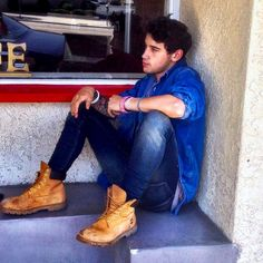 Pic by Luke Luke Brooks, Young Actors, Brooks Brothers, Justin Bieber, Favorite Tv Shows, Famous People, Hiking Boots, Hot Guys, Oxford Shoes