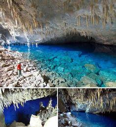 cuba...Cuevas(caves) de Bellamar - Matanzas, Cuba