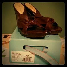 Jessica Simpson Wedge Shoes with box!! Style: Paria-SN Color: Chocolate/Soft Nappa  Excellent condition! Only worn 2 twice with 2 chips at the tip of each shoe. Please see pictures above. Size 7.5 M.. Great for summer, spring, or any occasion.. Jessica Simpson Shoes Wedges