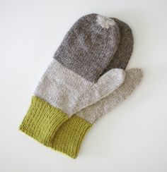Pretty mittens by Sarah McNeil