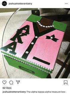 Aka Sorority Gifts, Delta Sigma Theta Gifts, Sorority Life, Alpha Kappa Alpha Paraphernalia, Alpha Woman, Greek Gifts, Alpha Kappa Alpha Sorority, Alpha Female, Sorority And Fraternity