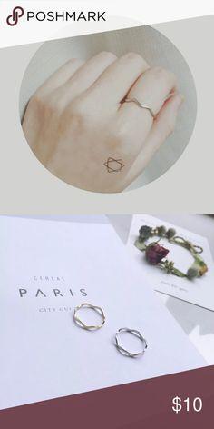 Silver Wave loop ring Very elegant and minimal. Makes your hands look slim. Diameter 17mm Jewelry Rings