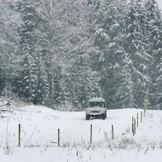 ❄❄❄❄❄ #LandRover #Discovery #Td5 #Adventure #adventures #RangeRover #4x4 #offroad #Sweden #Roadtrip #travel #explore #beautiful #nature #serieslandrover #landroverseries #landroverdefender #Defender #awesome #snow #LandCruiser #overland #SUV #luxury #turbodiesel #diesel #Landy #DiscoveryTd5 #Jeep #POWER