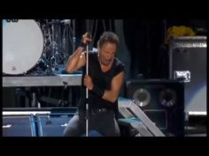 Tenth avenue freeze out -pro shot dallas - Bruce springsteen - YouTube After EStreet Band lost the Piano player and CC