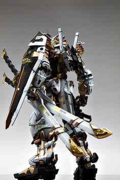 PG Gundam Astray [Gold Frame] - Customized Build Modeled by Suny Buny Anime Couples Manga, Cute Anime Couples, Anime Girls, Astray Red Frame, Gundam Astray, Gamers Anime, Gundam Wallpapers, Gundam Mobile Suit, Gundam Custom Build