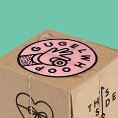 Logo and packaging made for a shop selling mini bundt cakes (Gugelhopf) #gugelwhoop