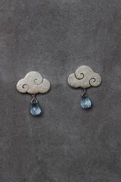"Earrings ""SWEET CLOUDS"" sterling silver clouds with blue topaz rain drops di calcagninigioielli su Etsy"
