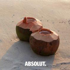 Sería interesante ver que uso le das al coco con Absolut Vodka. Sube una foto video o creación creativa con tu botella de Absolut y un coco. El 11 de julio seleccionaremos a un ganador para que siga creando con Absolut. El ganador recibirá una botella de Absolut Vodka 750 ml.  Recuerda que debes ser mayor de edad para que tu participación sea válida debes usar el #AbsolutCoco y mencionar nuestras cuentas de @AbsolutVodkaPR. #AbsolutPuertoRico #BestVodka