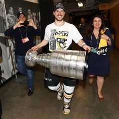 @SidneyCrosby I love your slides where did you get them?!?!?!