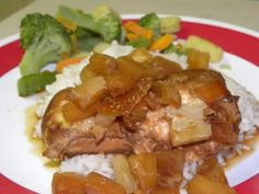 Crockpot Pineapple Chicken/ healthy and good...these  momswithcrockpots.com have it goin' on with good slow-cooker meals. in summer it's especially GREAT to use..plus the house smells So good. Like uv actually been slaving in the kitchen..ha