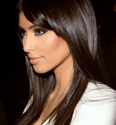 Find images and videos about kim kardashian on We Heart It - the app to get lost in what you love. Beauty Makeup, Hair Makeup, Hair Beauty, Makeup Geek, Eye Makeup, Pelo Chocolate, Kim And Kourtney, Kardashian Style, Kourtney Kardashian