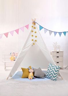 Do you remember how much you used to love tents? Kid's Teepees are finding their way into stylist playrooms and magazine worthy photo shoots left and right. Kids love curling up in small spaces! Teepees are the ideal design friendly play tent. Ideal for young children, a teepee tent is like