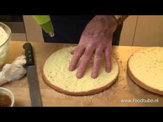 De slagroomtaart van Cees Holtkamp - YouTube Cookie Pie, Bread Cake, Pastry Shop, Cupcake Cookies, High Tea, Let Them Eat Cake, Baking Recipes, Holiday Recipes, Cake Decorating