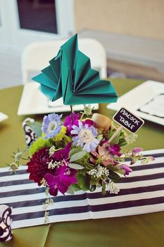 If you have your wedding in a zoo youautomaticallygain major points in my book. Add in Kate Spade inspiration with bold jewel-tones, black and white stripes andadorableDIY and origami details and I am in total and complete heaven. I've been bitten hard by the lovebug for this Arizona zoo wedding which totally looks like a […]