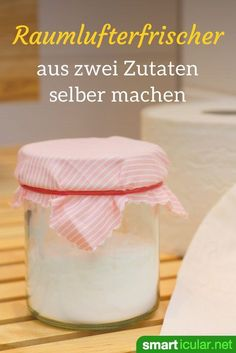 Natürlichen Raumlufterfrischer selber machen mit Natron If it smells bad in the bathroom or toilet, this inexpensive, homemade soda air freshener helps! He removes the smell instead of just covering it up. Bathroom Cleaning Hacks, Toilet Cleaning, Cleaning Diy, Deep Cleaning Tips, House Cleaning Tips, Savon Soap, Natural Air Freshener, Clean Baking Pans, Cleaning Painted Walls