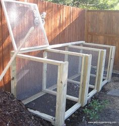 Get Busy Gardening!: Weekend Project: Large Compost Bin