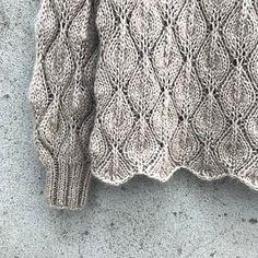 Ravelry: Olive Sweater - My Size pattern by Pernille Larsen Lace Patterns, Stitch Patterns, Crochet Patterns, Sweater Knitting Patterns, Lace Knitting, Knitting Sweaters, Crochet Patron, Knit Crochet, Knitting Projects