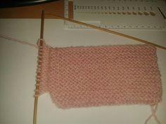 Nemiran Nurkkaus: Vauvan tossut Crochet Top, Blog, Women, Shoes, Tejidos, Accessories, Blogging, Woman