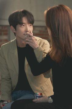 Korean Drama Romance, Korean Drama Funny, O Drama, Korean Drama Best, Korean Drama Movies, Cute Korean, Korean Actors, Lee Joon Gi Wallpaper, Lee Jung Ki