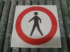 Verboden toegang tegel
