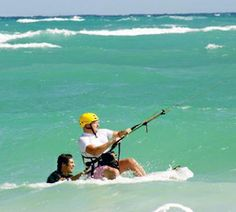 Kitesurfing - the Kiteland Park Cayo Guillermo offers all the equipment and training you'll need