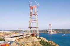 Die Pylonen stehen - Bau der dritten Bosporus-Brücke