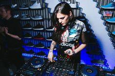Elisa Bee DJ set for Adidas Originals #adidasoriginals #entertainment #djset #party #crescenziandco #event