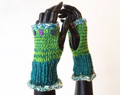 Fingerless Glove Handwarmers  Picnic Frilly Fingers  by StripyKite
