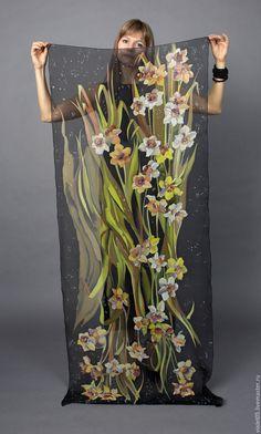 Купить Палантин Нарцисс ночной - батик, ручная роспись 100 шелк - шарф, оригинальный подарок