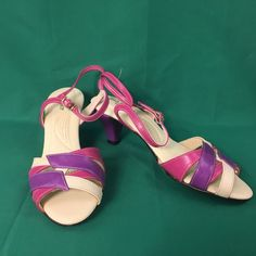 Vintage Hush Puppies Classic Open Toes Women's Heels Size 7 W Pink Purple Cream #HushPuppies #AnkleStrap #Casual