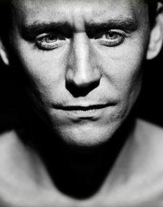 Tom Hiddleston - oh yeah!!!!