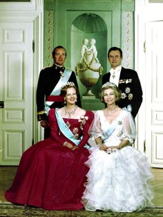 (back left) King Juan Carlos and Queen Sofia of Spain (front right) on an official visit to Denmark 27 March 1980. In this photo on the front left is Queen Margrethe II and her husband Henrik, Prince Consort of Denmark, back right