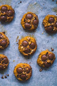 Pumpkin is all the rage right now so of course I am going to add it to cookies. My pumpkin walnut cookies with coch buttons are the perfect fall treat! Sugar Pumpkin, Pumpkin Puree, Fall Recipes, Vegan Recipes, Walnut Cookies, Fall Treats, Coconut Sugar, Vegan Desserts, Cookie Dough