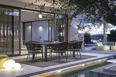 Pleasure è un'elegante poltroncina per esterni di Atmosphera, proposta da Spazio Schiatti ed ideale in giardini, terrazzi e dehors.