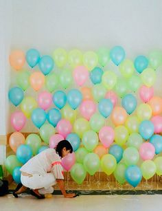 Use neon balloons -- photo booth backdrop