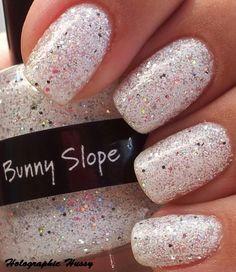 Too cute! #Sparkle #Nails