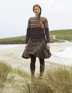 fair isle knitting SHETLAND is a collection of 12 Fair Isle handknit designs for women by Marie Wallin using Jamiesons of Shetland Spindrift Fair Isle Pullover, Fair Isle Knitting Patterns, Country Fashion, Mode Inspiration, British Style, Hand Knitting, Vintage Knitting, Knitwear, Winter Fashion