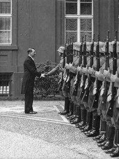 Hitler has Jews Blood; Ww2 History, World History, Military History, World War Ii, German Soldier, German Army, Germany Ww2, Military Pictures, Ww2 Photos