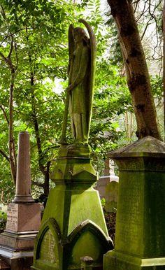Highgate Cemetery, London, Victorian Graveyard