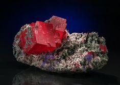 Rhodochrosite  Sweet Home Mine, Mount Bross, Alma District, Park Co., Colorado, USA Size: 10 x 6.1 x 4.9 cm