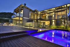 Steel Structure, Concrete Wall, Entrance, Construction, Mansions, House Styles, Husband, Design, Home Decor