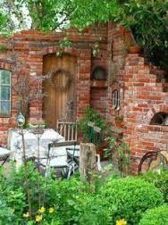 Garten Kisfeld | Garten | Pinterest | Gärten, Ruinenmauer und ...