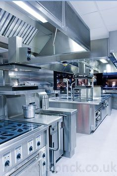 Commercial kitchen design and equipment by Vision. Industrial Kitchen Design, Luxury Kitchen Design, Industrial Chic, Best Kitchen Designs, Restaurant Kitchen Design, Hotel Kitchen, Kitchen Interior, Commercial Kitchen Design, Cocinas Kitchen