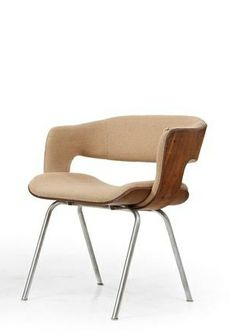 Martin Grierson; Bent Veneered Plywood and Chromed Metal 'Oxford' Armchair for Arflex, 1960s.