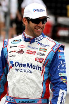 Thank God the white sunglasses are gone!!! Elliott Sadler - New Hampshire Motor Speedway - Day 2