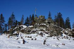 Jaká jsou nejkrásnější místa Šumavy? Tipy na výlety i s dětmi Stonehenge, Snow, Outdoor, Outdoors, Outdoor Games, The Great Outdoors, Eyes, Let It Snow