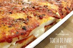 Torta di pane filante Diet Recipes, Cooking Recipes, Easy Recipes, Panini Sandwiches, Bread And Pastries, Antipasto, Easy Meals, Food And Drink, Ethnic Recipes