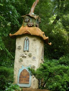 A Fairy Mansion in the Garden. The creation of Damaris Pierce at Wamboldtopia.