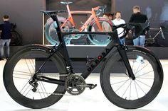 De Rosa SK Pininfarina road bike (Pic: George Scott/Factory Media)